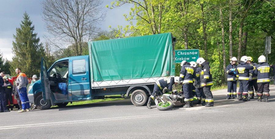 Motocyklista w ciężkim stanie trafił do szpitala