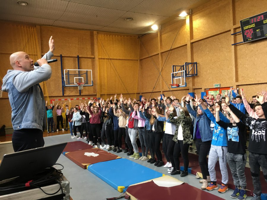 Hip-hopowcy ewangelizowali młodzież: Jezus najlepszym terapeutą (WIDEO)