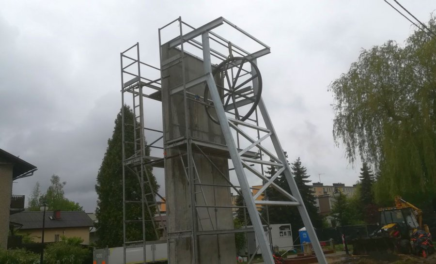 Wieża szybowa już stoi. Będzie symbolem miasta?