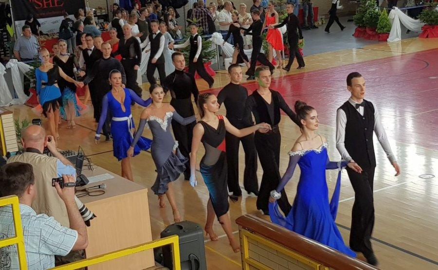 Tancerze wirowali, publiczność biła brawo (WIDEO)