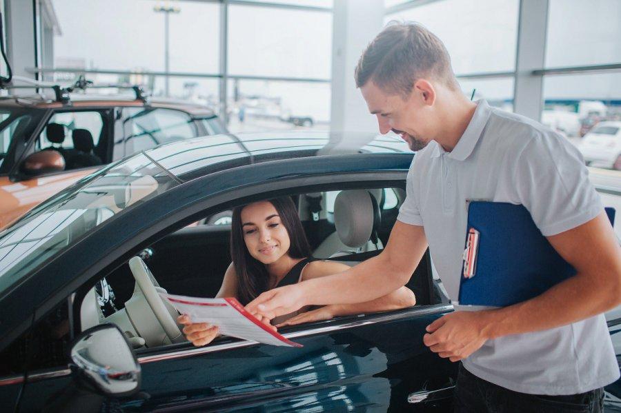 Kiedy warto zdecydować się na długoterminowe wypożyczenie samochodu?