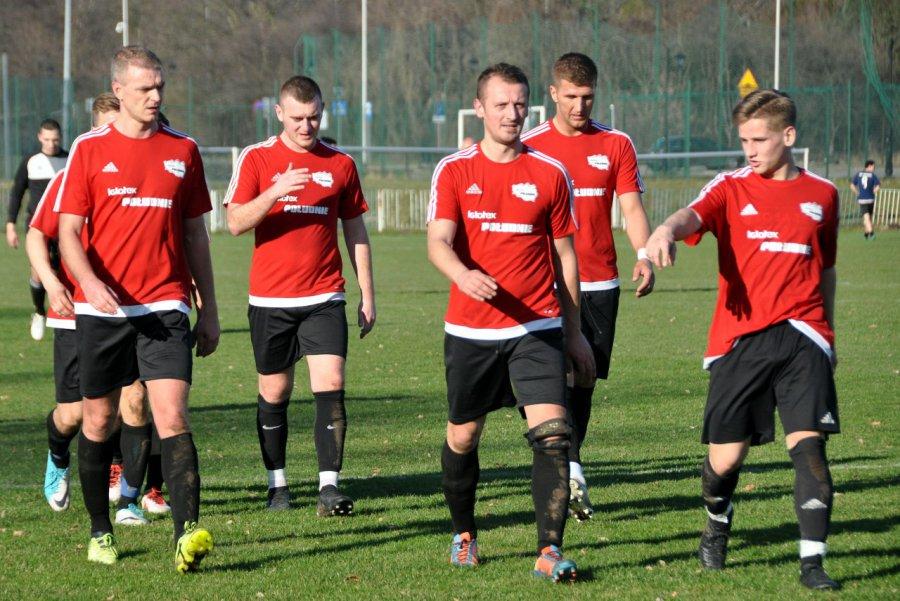 Zasłużony klub piłkarski zagrożony spadkiem do A-klasy