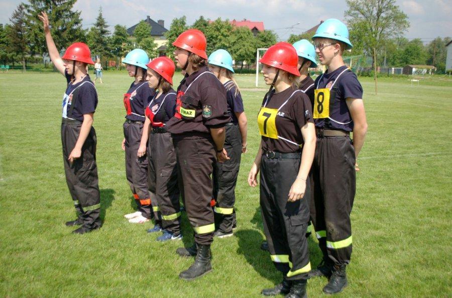 Młodzi strażacy pokazali, co potrafią (WIDEO)