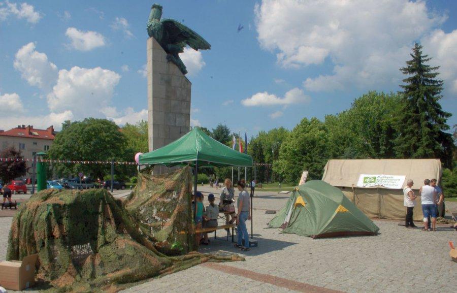 Harcerze pokazali się w centrum miasta (WIDEO)