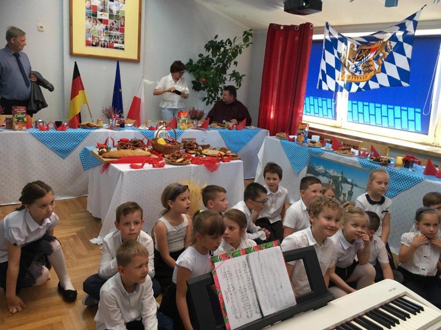 Poznają język i kulturę Niemiec (WIDEO)