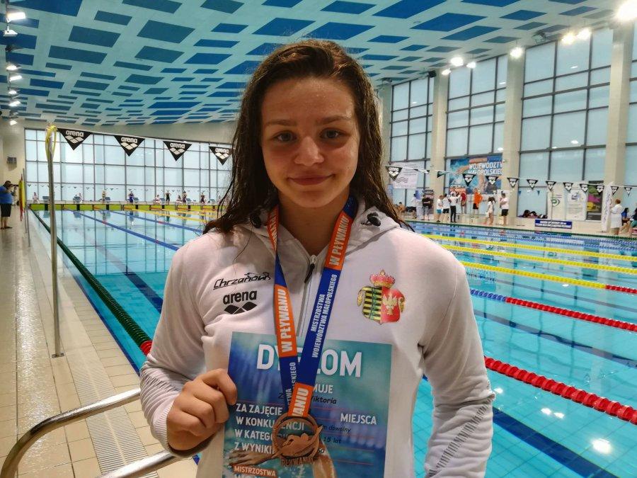 Wiktoria Ziober wraca do pływania. I zdobywa kolejne medale