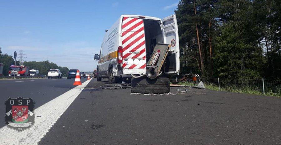 Zderzenie ze służbą drogową na autostradzie A4