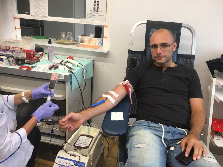 Spadła liczba oddających krew w szpitalu. Czy punkt w Chrzanowie przetrwa?
