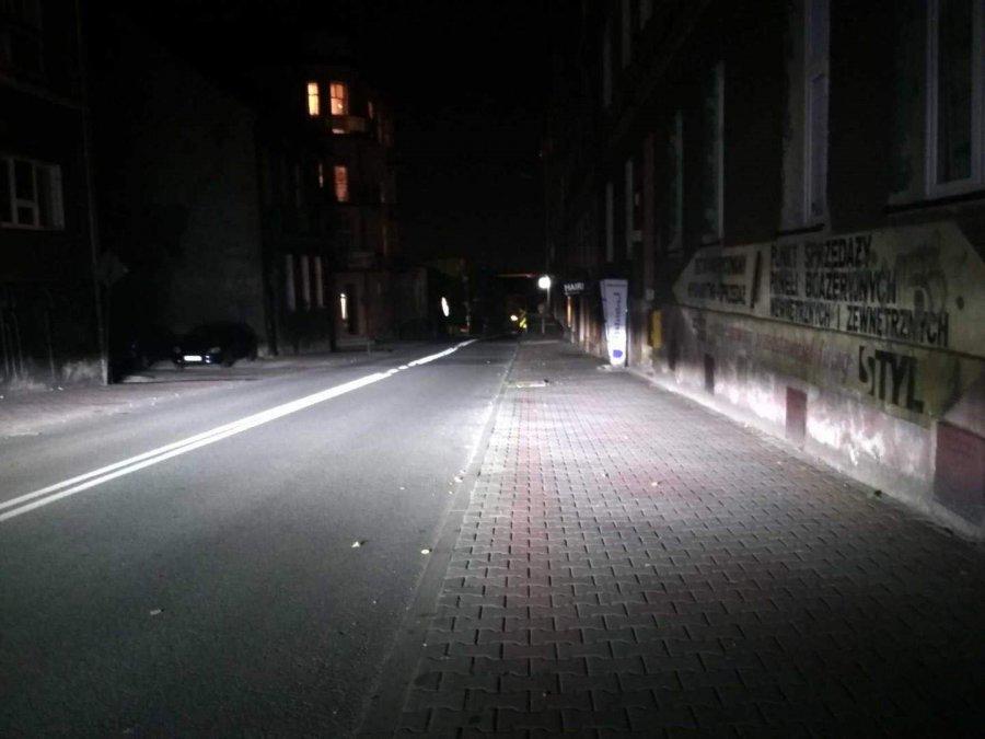 Ciemno na Grunwaldzkiej. Wieczorem strach tu chodzić