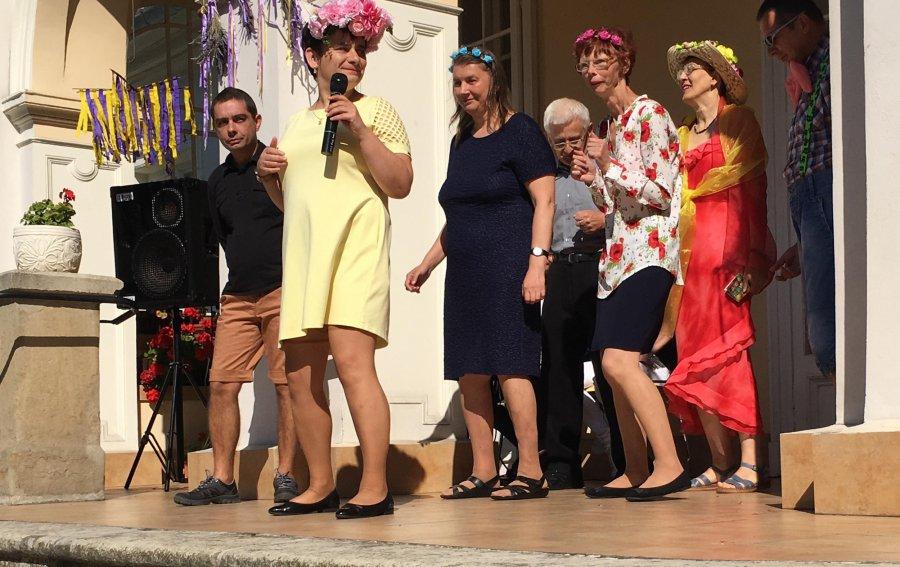 Mieszkańcy Domu Pomocy Społecznej pożegnali lato (WIDEO)