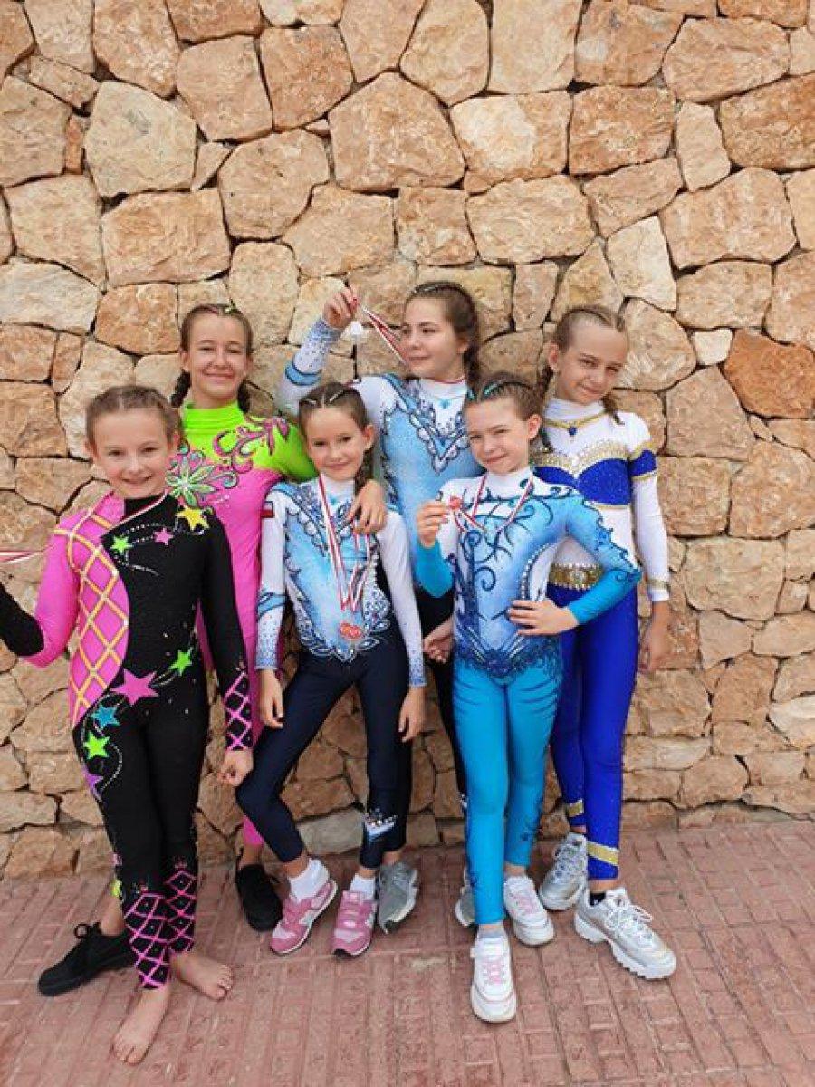 Dzieci z chrzanowskiej szkoły zaszalały na Ibizie