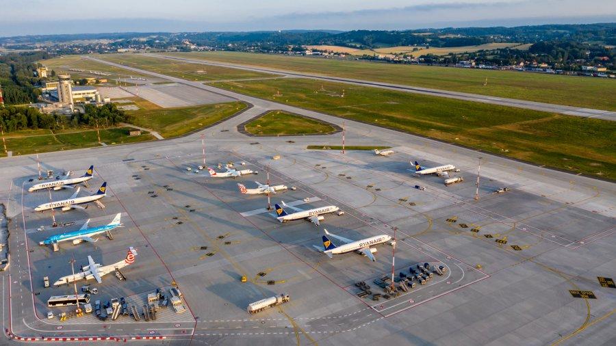 Krakowskie lotnisko czeka na nową drogę startową