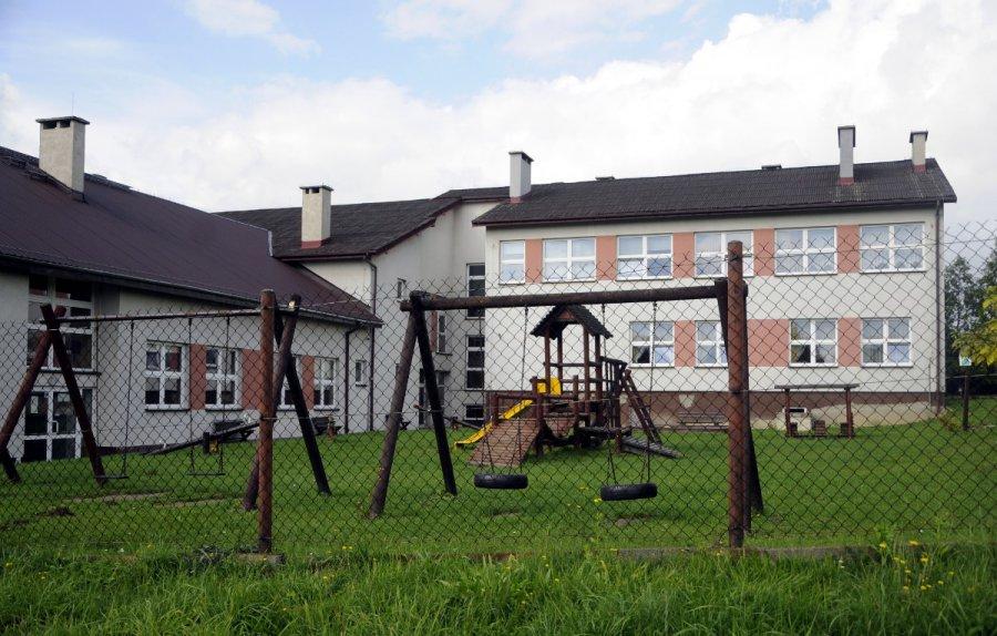 Szkoła zostanie zamknięta, jeśli dach nie będzie naprawiony