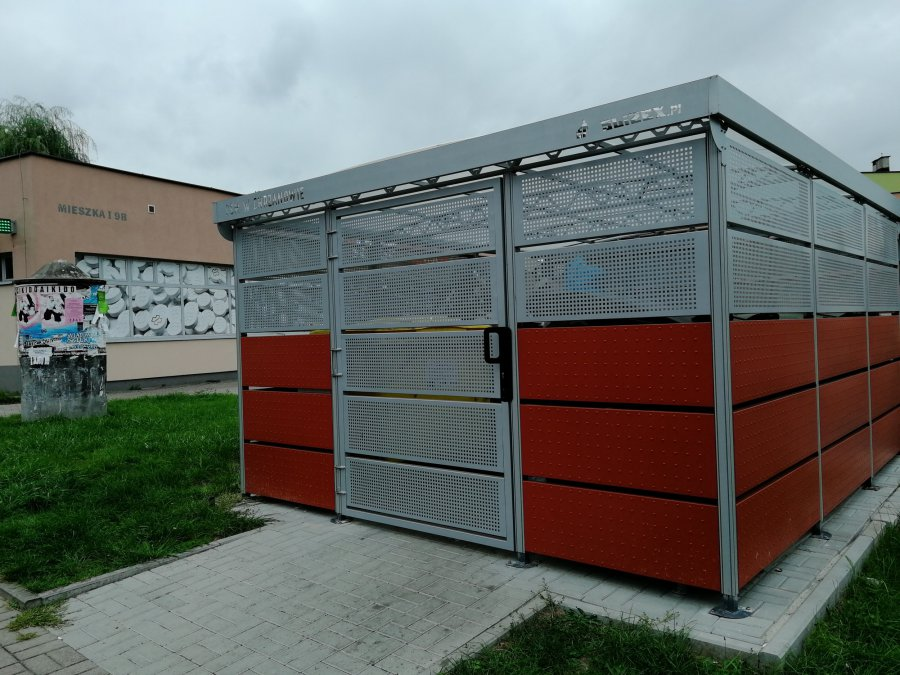 """Operacja """"kubły na bioodpady"""" za 3,5 mln zł w zawieszeniu"""