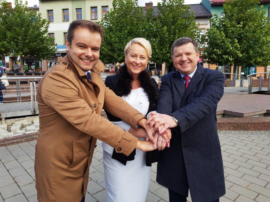 Bochenek w Chrzanowie: To jest wybór między Polską uśmiechniętą a hejtującą