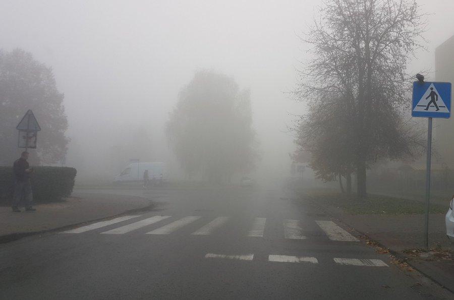 Trzeba uważać. Jest duża mgła