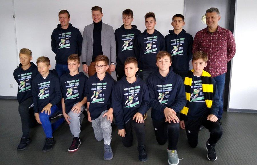 Piłkarze Fabloku Chrzanów spotkali Łukasza Piszczka (ZDJĘCIA)