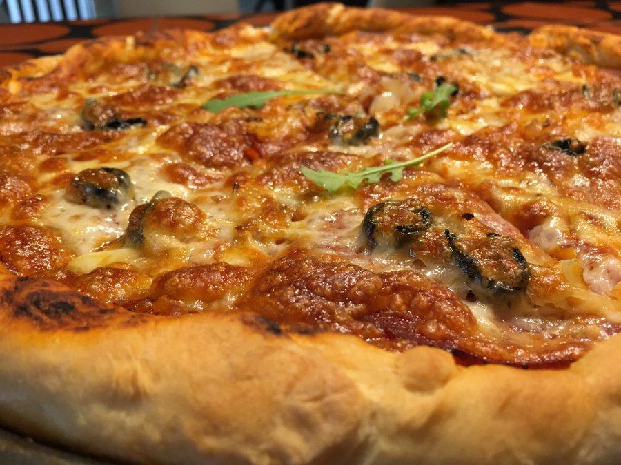 Sprawdzony przepis na ciasto i sos do pizzy