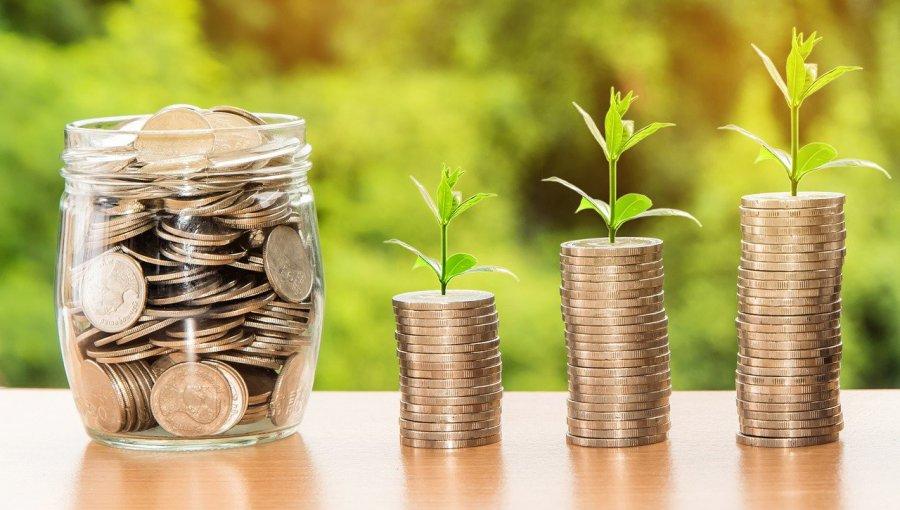 Jak skutecznie oszczędzać pieniądze?