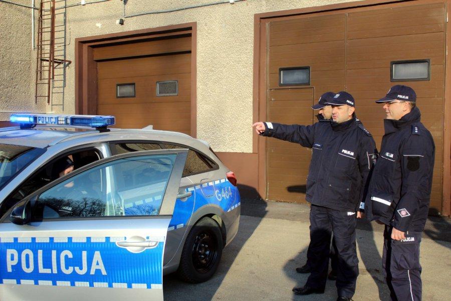 Policjanci dostali nowe samochody
