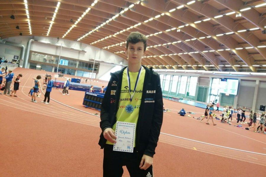 Mateusz Juszczak z Victorii Trzebnia skoczył w Czechach najwyżej