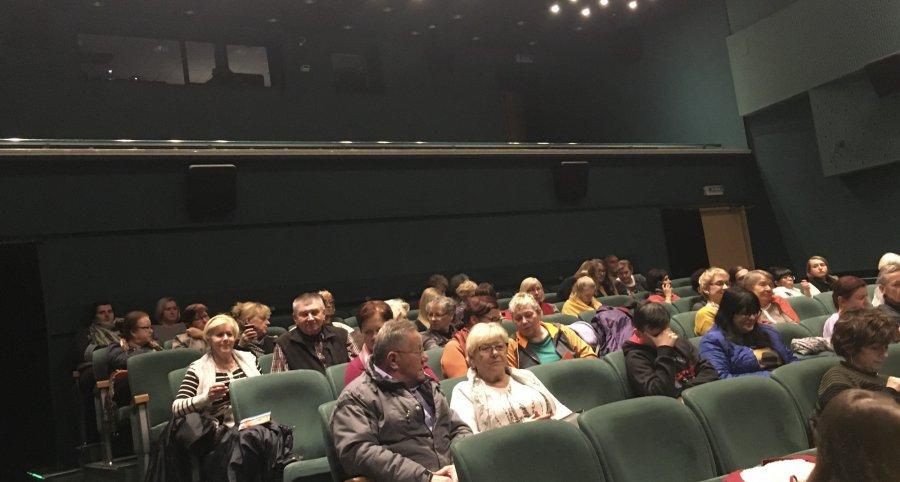 Coraz więcej filmożerców! KinoBzik zaprasza na seanse w 2020 roku (WIDEO)