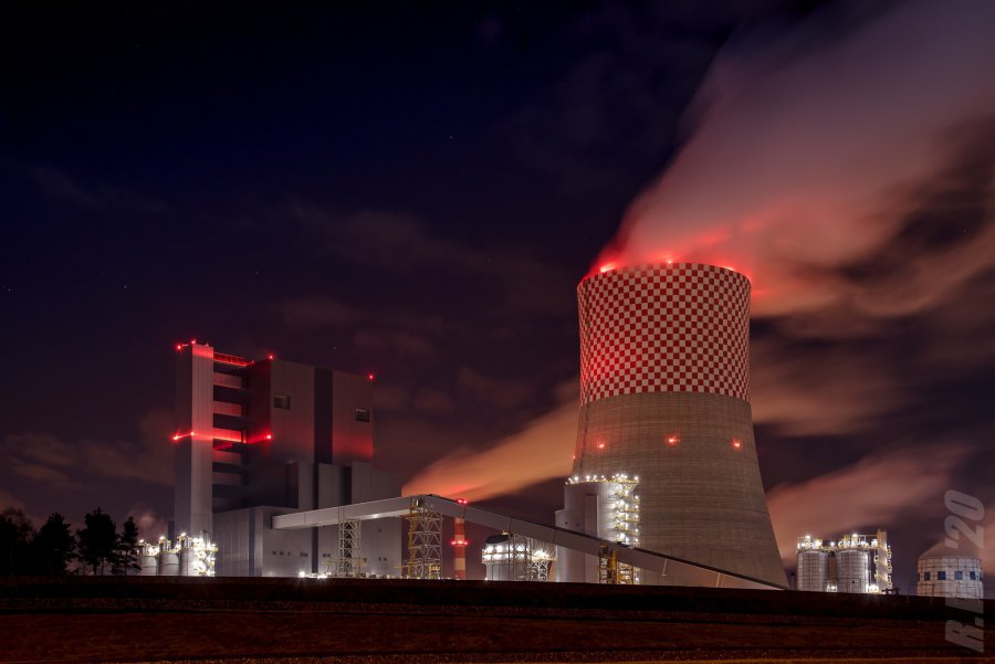Blok 910 MW w Jaworznie już produkuje energię