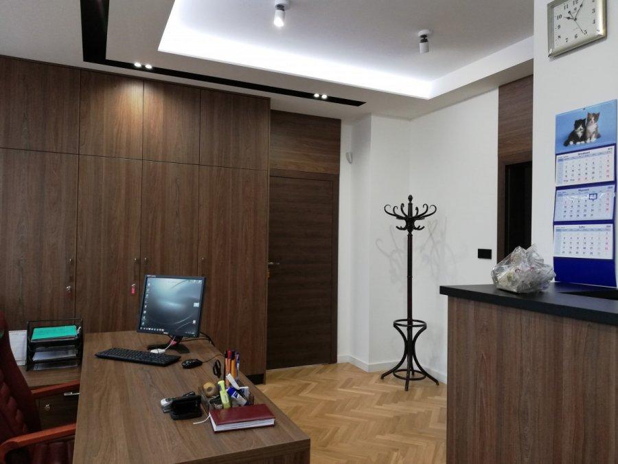 Ile za remont oraz wyposażenie kancelarii i gabinetu burmistrza Alwerni