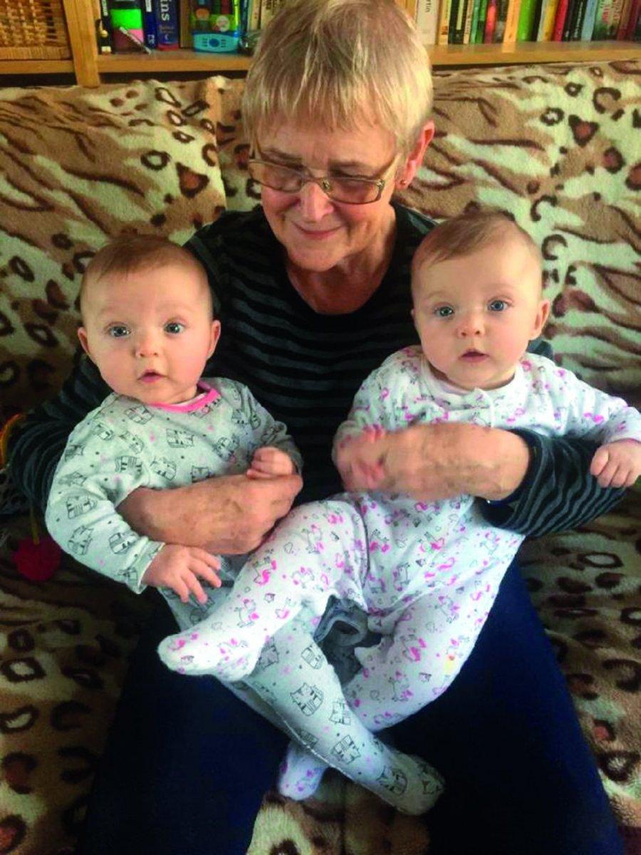 Nadopiekuńczość - czyż nie taka jest rola babci?
