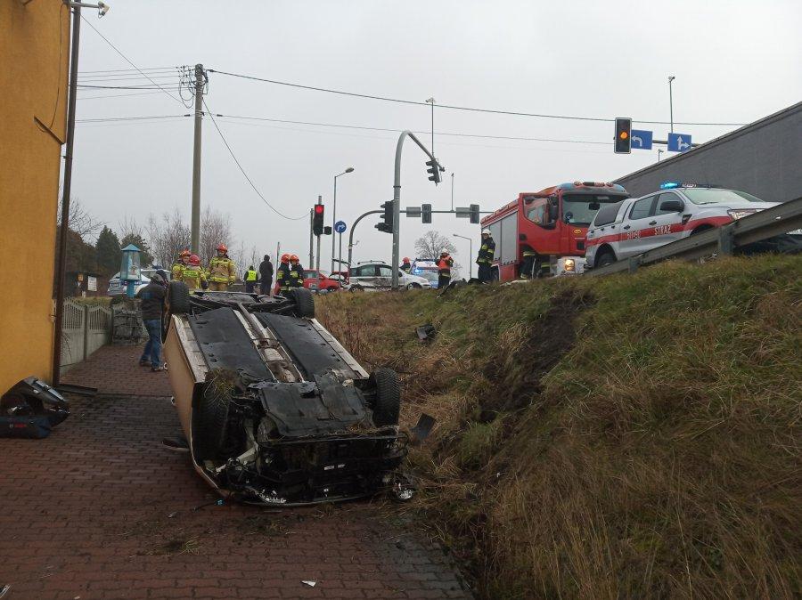 Trzy samochody osobowe zderzyły się w Chełmku