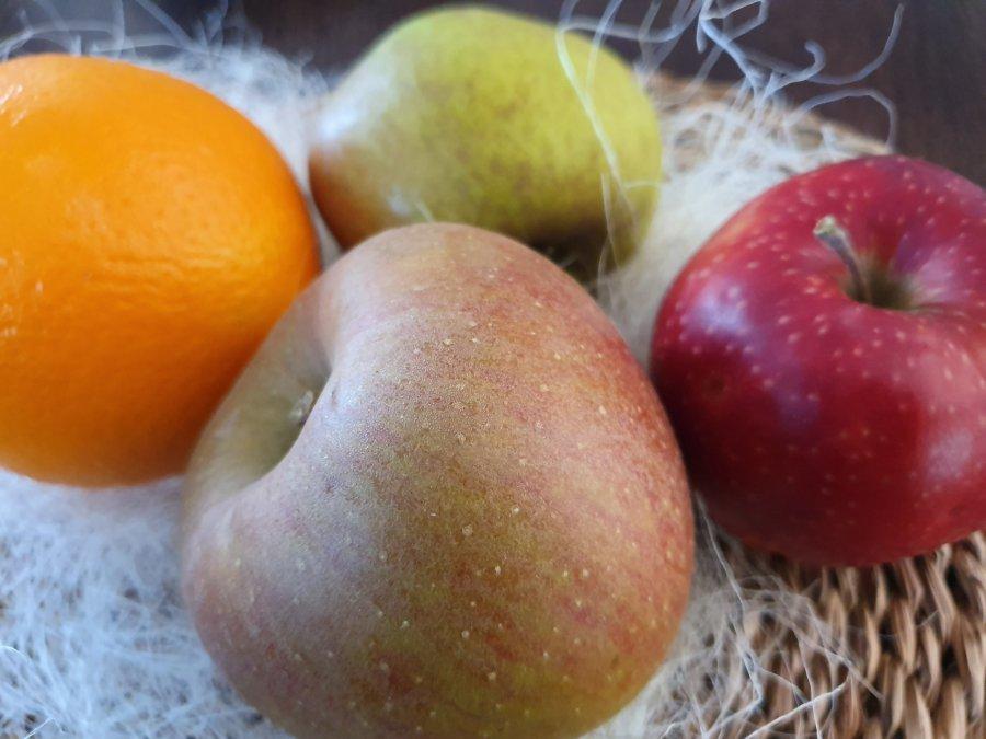 Jabłko drogie jak pomarańcza. Pietruszka szykuje się do skoku