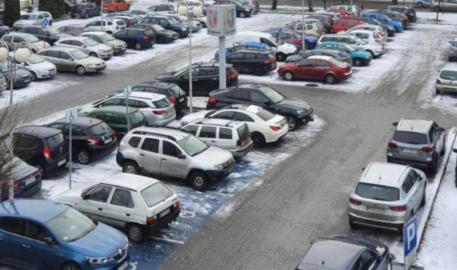Opel najpopularniejszy w powiecie. Po piętach depcze mu volkswagen