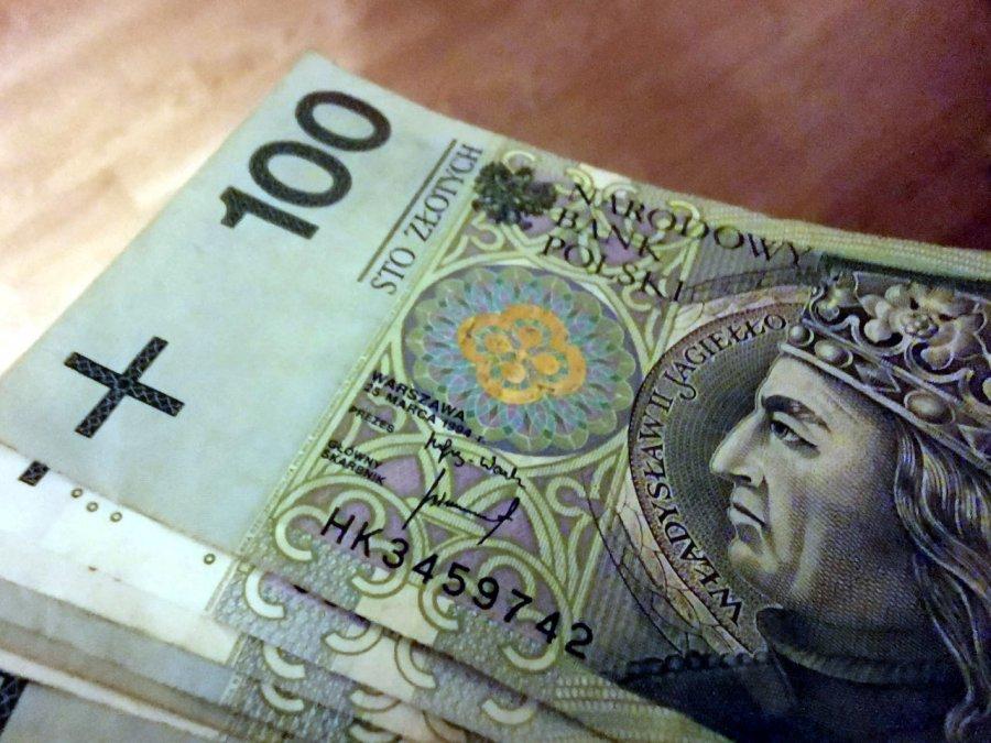 Pieniądze dla artystów i sportowców