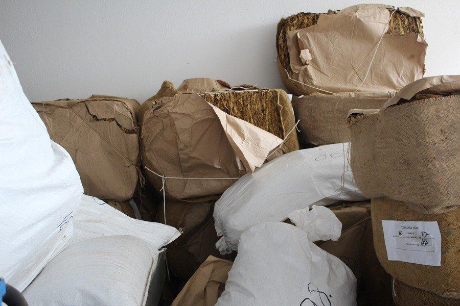 Lewy tytoń z Chrzanowa! Zlikwidowano nielegalną produkcję w dawnej hali przetwórstwa mięsnego