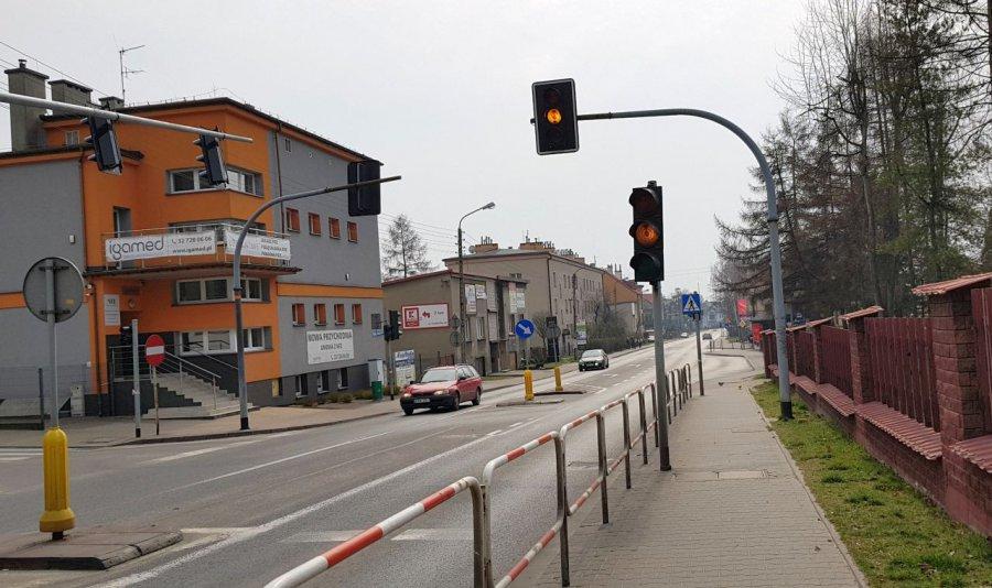Wyłączona sygnalizacja i przyciski dla pieszych