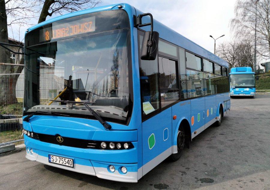 Autobusy miejskie pojadą według nadzwyczajnych rozkładów jazdy. Będą spore zmiany