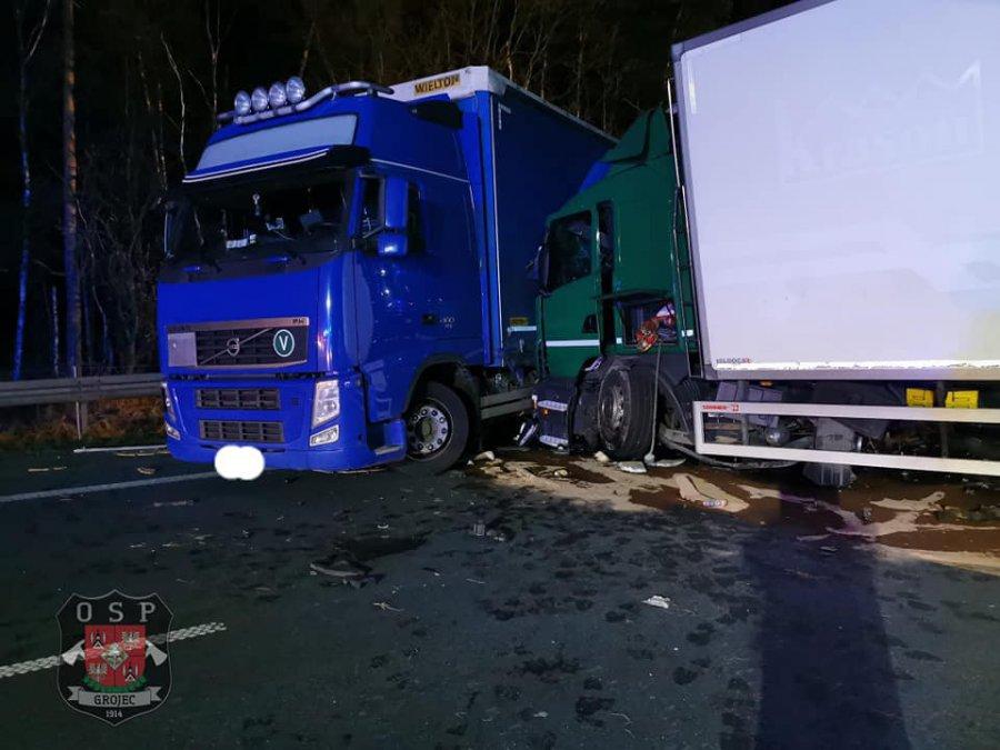 Wypadek na autostradzie A4. Jedna osoba nie żyje
