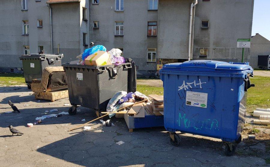 W ciągu miesiąca przybyło 250 ton odpadów komunalnych. Będą ograniczenia w odbiorze?