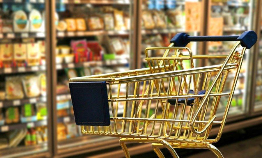 Sprzedawca nie ma prawa wypraszać rodzica z dzieckiem ze sklepu
