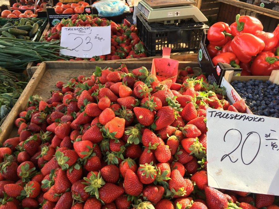 Polskie truskawki droższe od greckich i hiszpańskich. Czy będzie taniej?
