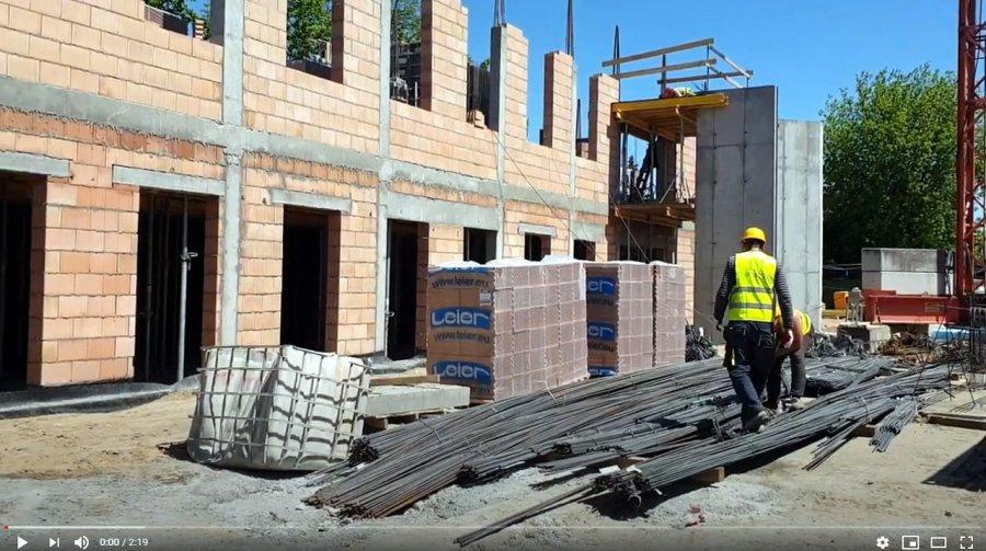 Zobaczcie, jak rosną mury nowej biblioteki (WIDEO)