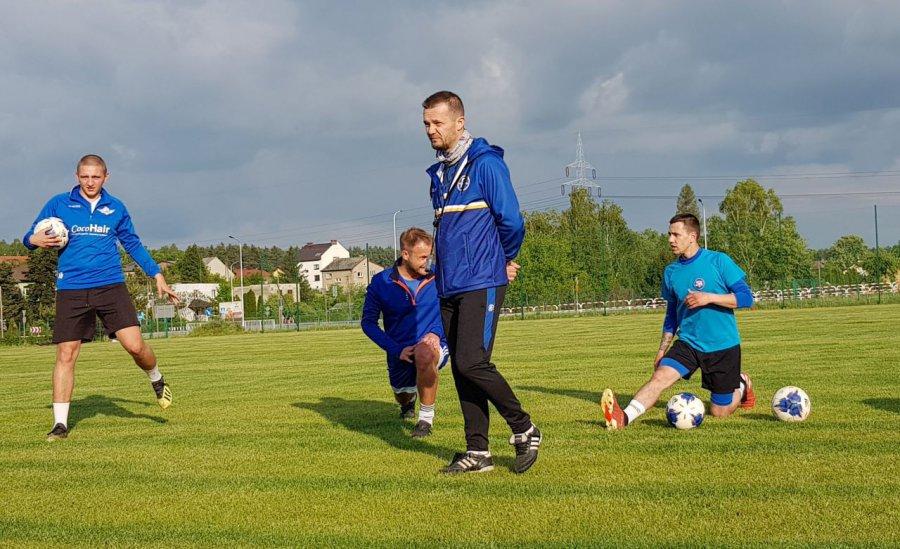 Piłkarze Fabloku już trenują z piłkami (WIDEO)