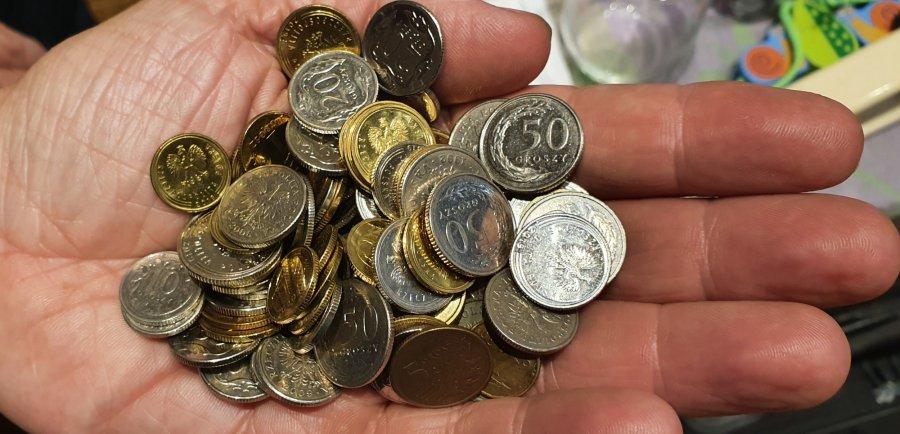 Mikropożyczki przyznane ekspresowo, wnioski wciąż płyną