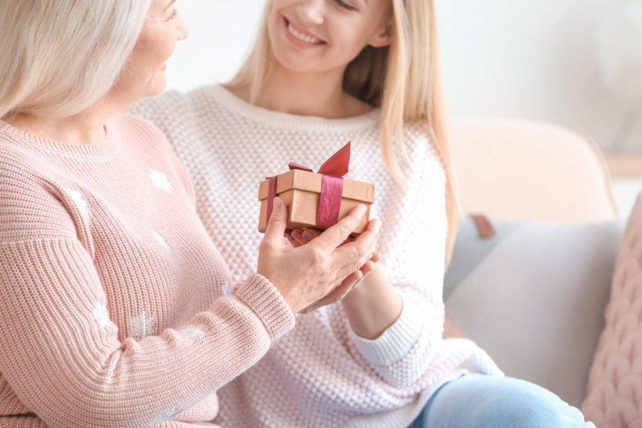 Na co zwrócić uwagę wybierając prezent dla Mamy?