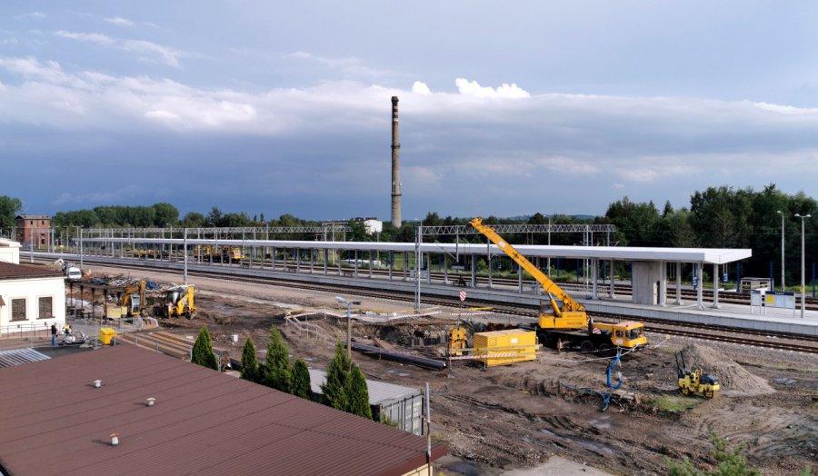 Zobaczcie, jak wygląda przebudowa dworca PKP w Trzebini (WIDEO, ZDJĘCIA)