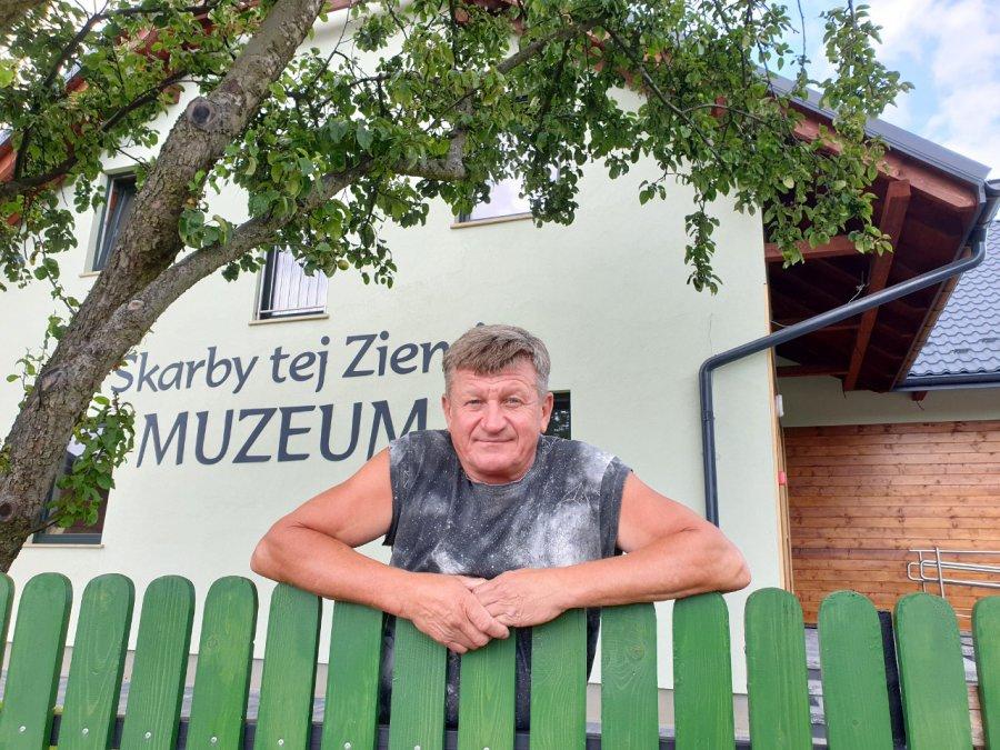Witold Koprucha z Rudna zaprasza do nowego muzeum kamieni