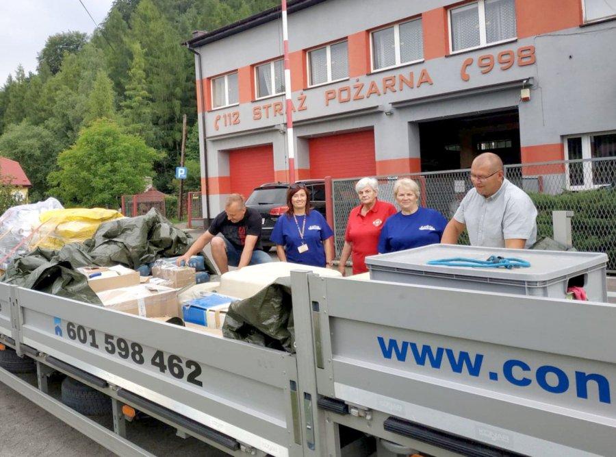 Zorganizowali zbiórkę dla powodzian z Łapanowa