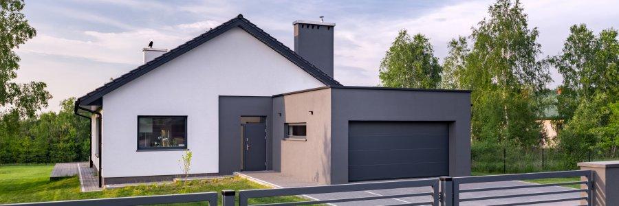 Brama garażowa do ogrzewanego budynku – jaką wybrać?