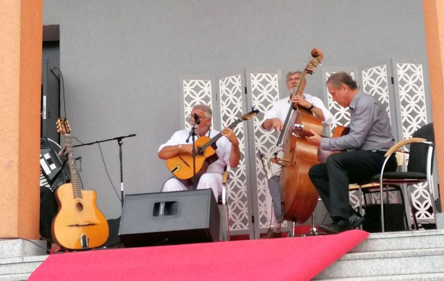 Bard muzyki romskiej zagrał w rodzinnym Libiążu (WIDEO)