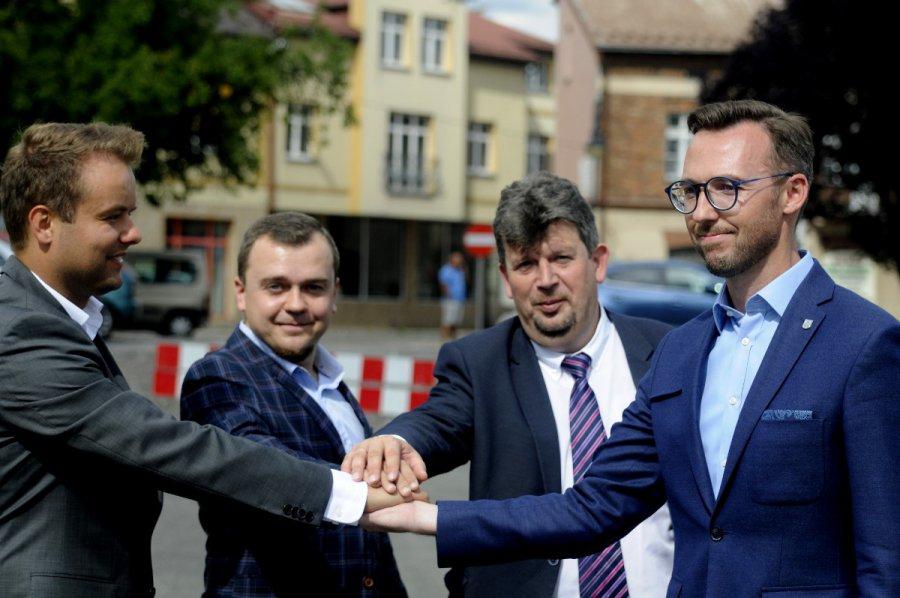 Powstanie nowe rondo w Chrzanowie. POPiS-owa współpraca (WIDEO)